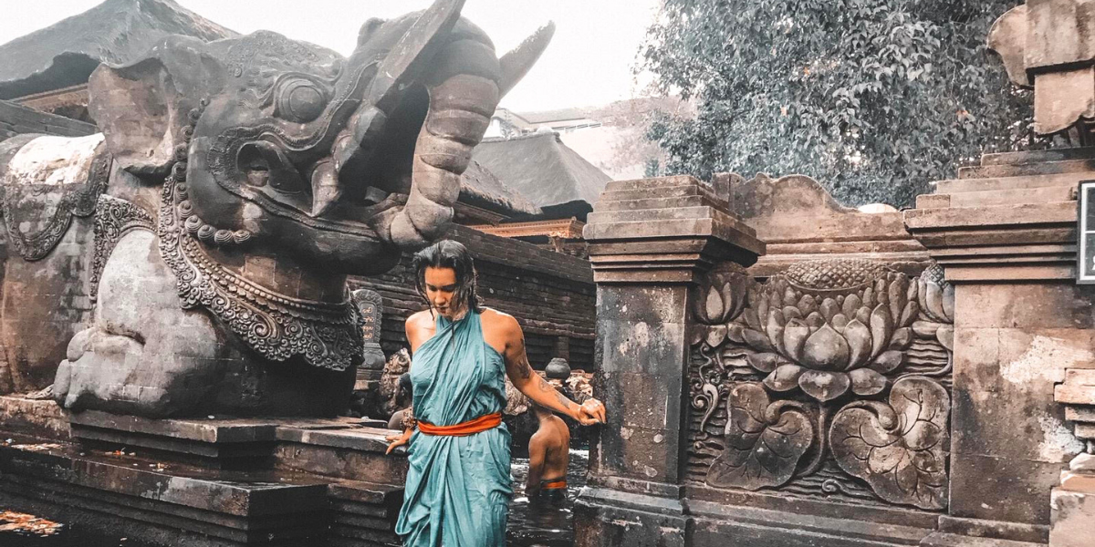 Savršeni Azijski mix kulture, budućnosti i tradicije